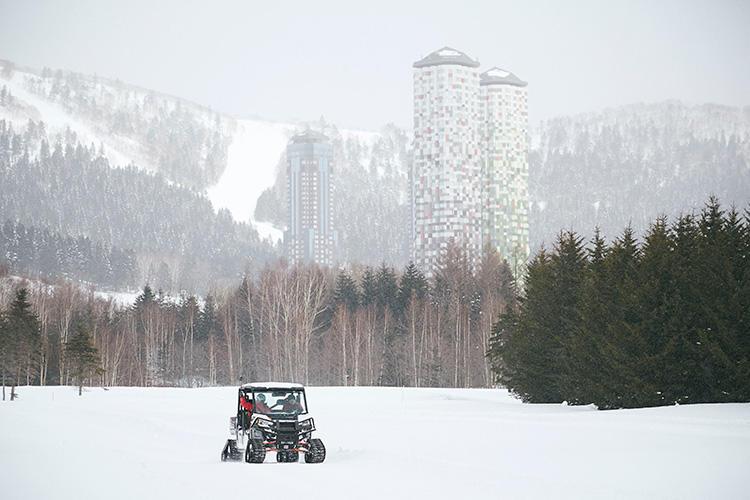 バギーで大雪原&森林を疾走! もこれまた楽しいプラン。