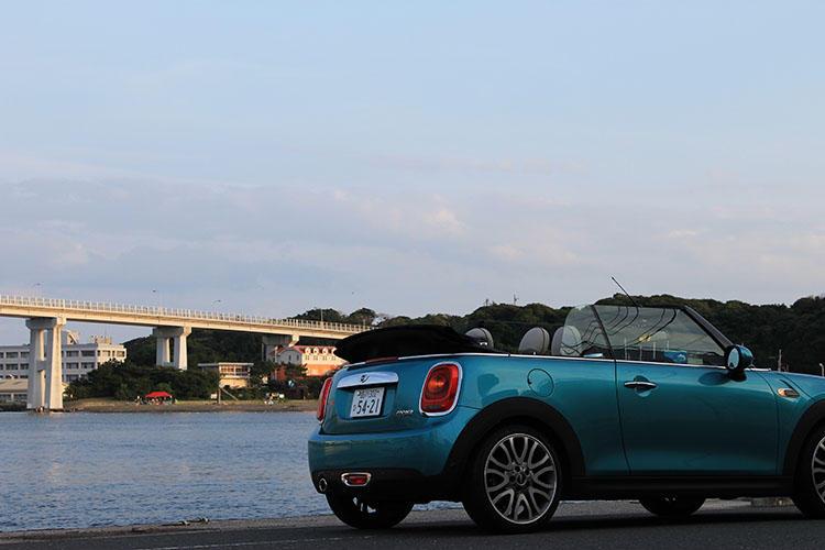 潮風を感じながら最高のドライブが楽しめる