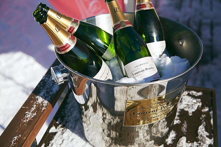 今シーズンから、シャンパンの種類は20種類以上にパワーアップ!