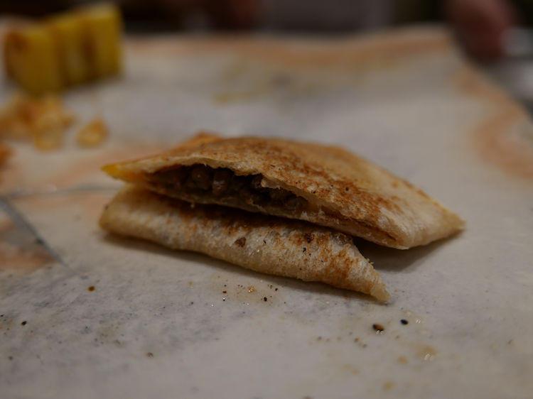 この牛トーストが、また、ちょうどよい薄さ、食べ応えで絶品!!