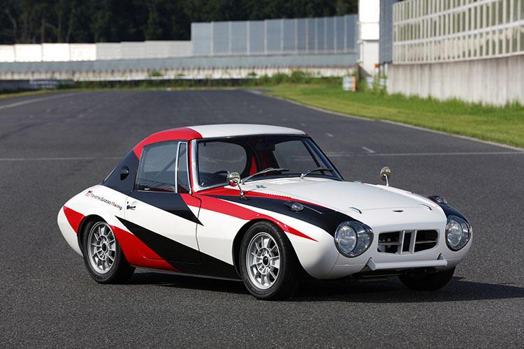 GRのエンジニアがレストアした「トヨタスポーツ800レーシング」。