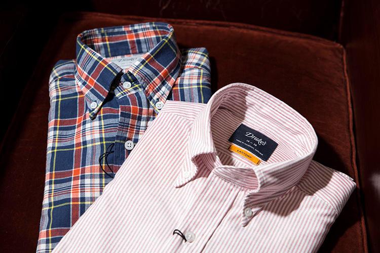BDシャツはアメリカ的というよりイタリアのドレスシャツのような質感。マドラスチェックも色味がシックで◎。シャツ各2万円