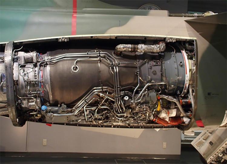 F-1支援戦闘機のジェットエンジン