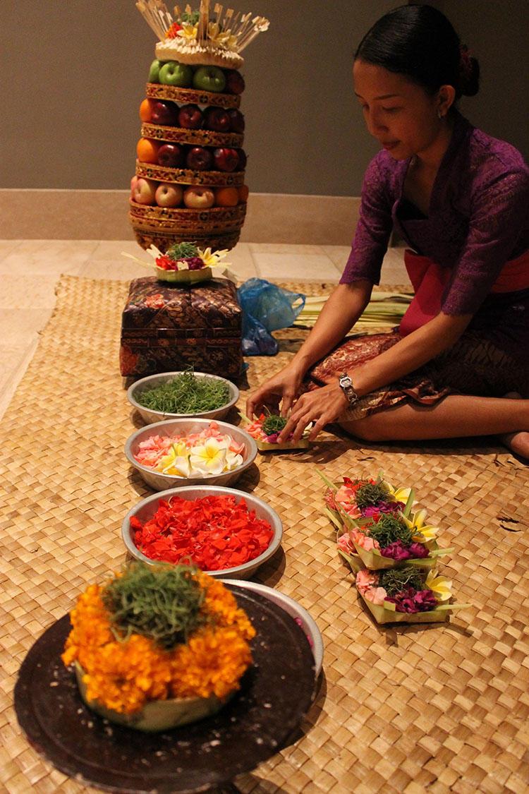 バリ島の伝統文化を感じられます。