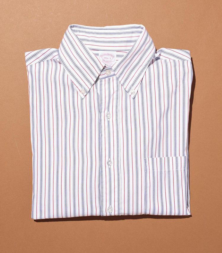 「ブルックス ブラザーズ」のシャツ。マルチストライプのBDシャツは、今では販売されていない'80年代のアメリカ製。