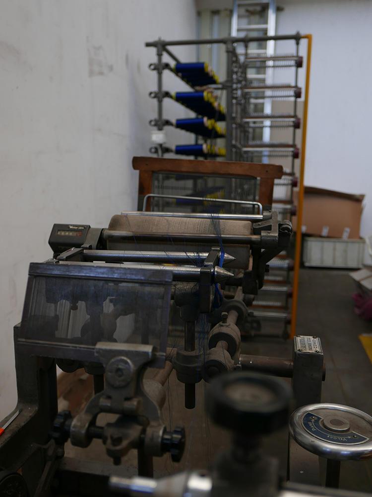 こちらも今は使われていないが、現存する最古の織機。