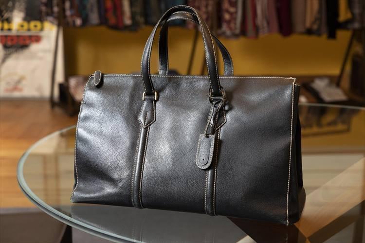 20年以上愛用のマリタリアーティのバッグ。驚きの機能性を次の画像で確認してほしい。