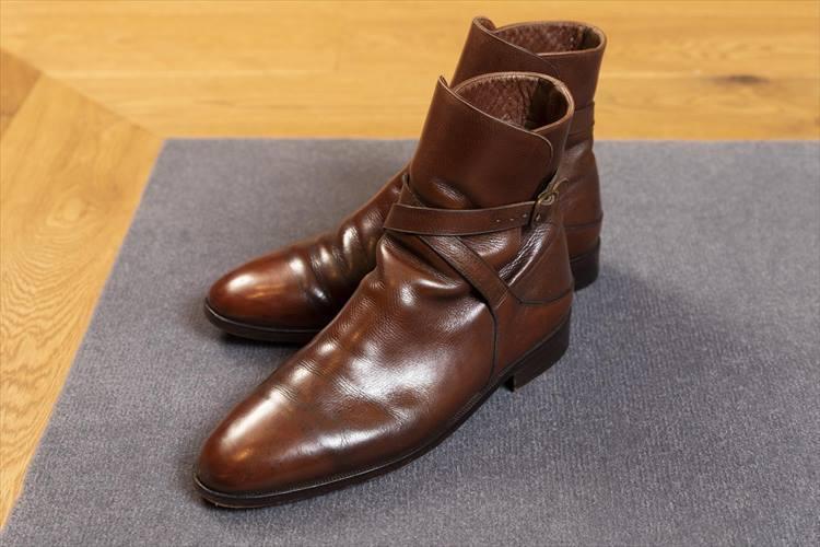 35年前に購入したロセッティのブーツ。「この1、2年は、履く機会が多いですね」。