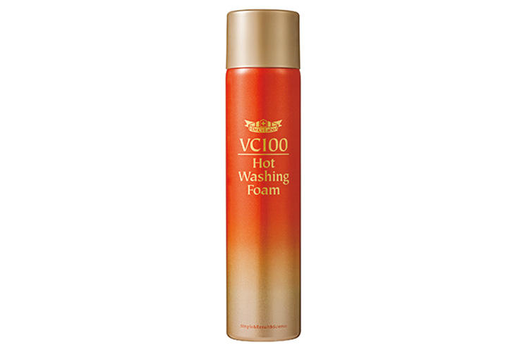 For Daily Self Care 01<br/><br/><b>毛穴を緩めて奥まですっきりじんわり温かく心地いい</b><hr>洗顔、パック、マッサージを同時に行える温感濃密炭酸泡の洗顔料。ビタミンCと美容成分を85%も配合。4月1日〜バラエティショップにて発売。VC100ホットウォッシングフォーム 120g 1900円(ドクターシーラボ)
