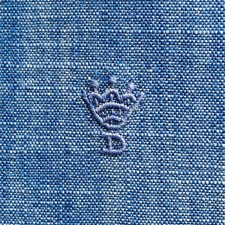 Hand stitched monogram</br>モノグラムも手縫い。
