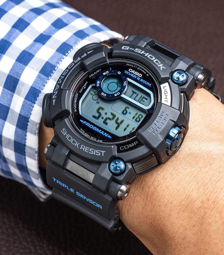 <b>カシオ<br>G-SHOCK フロッグマン GWF-D1000B-1JF</b><br>ケースサイズ:縦59.2×横53.3mm ケース素材:ステンレススチール/樹脂 ベルト素材:樹脂 ムーブメント:クォーツ 防水性能:200m 価格:13万円