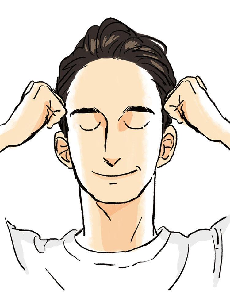 <b>3:たるみ&疲労に効く側頭筋を刺激</b><br>こめかみから耳上にかけての側頭筋をげんこつでゴリゴリと1〜2分ほぐす。奥歯をかみしめて仕事していたり、眼精疲労がたまると側頭筋が硬くなるので、仕事合間にも積極的にほぐしたい。
