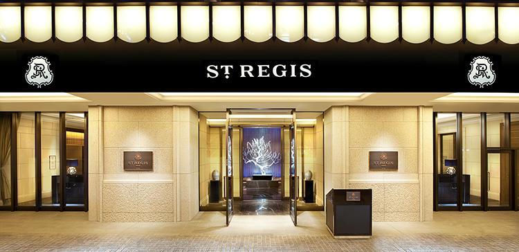 今回の取材拠点となった「セント レジス ホテル 大阪」。マリオット・インターナショナルの最高級ブランドであり、ベントレーにとってはワールドワイドの公式ブランドパートナーである「セント レジス ホテル」の国内第1号として2010年に開業した。