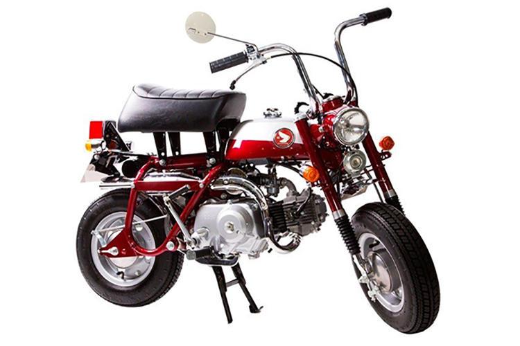 1970年にはZ50A型をベースにフロントフォーク部を脱着可能にしたモデル「Z50Z」へと改良された。また、1974年に登場した「Z50J」ではクルマへの積載性から単独背の走行性能を追求する方向にコンセプトを変えていった。