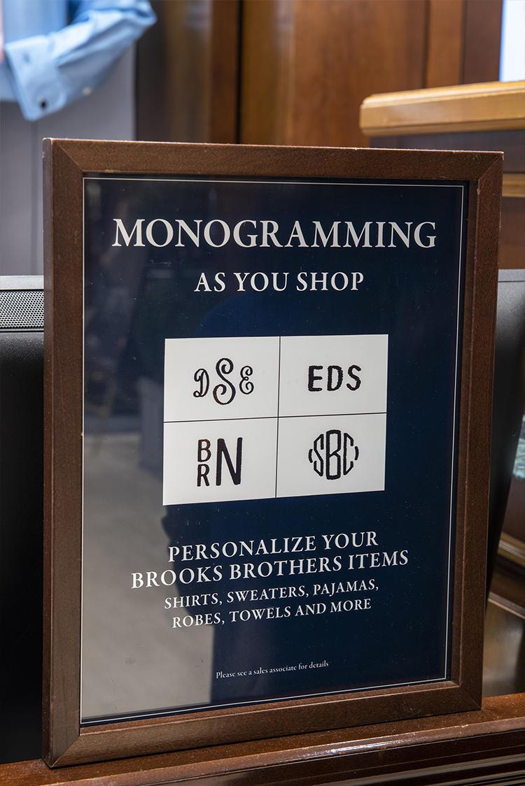 モノグラムの入れ方も種類が選べる。