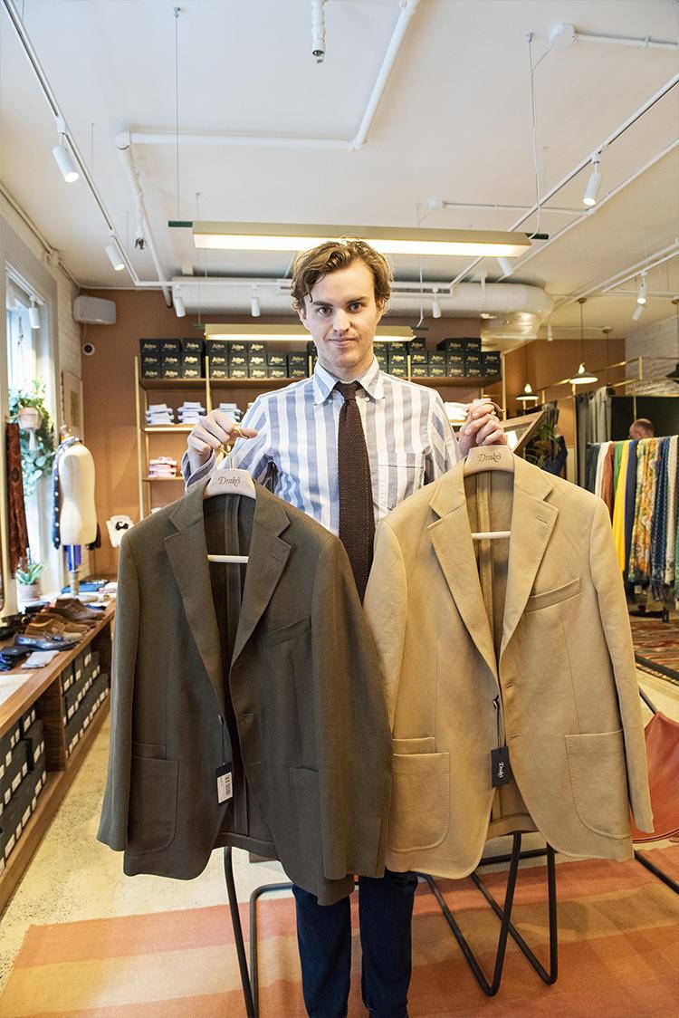 タイムレスなスタイルを提案する「Easyday」コレクションのスーツも展開がスタート。
