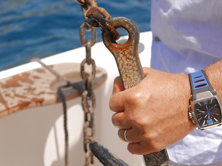 新作のトレミラは、3000年先まで使えるようにという思いを込めて作った。明るいカラーベルトは、夏のイタリアの海と相性抜群。