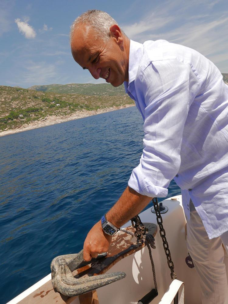 週末は、ロックマンの時計をつけて海に出るのが生きがいだ。