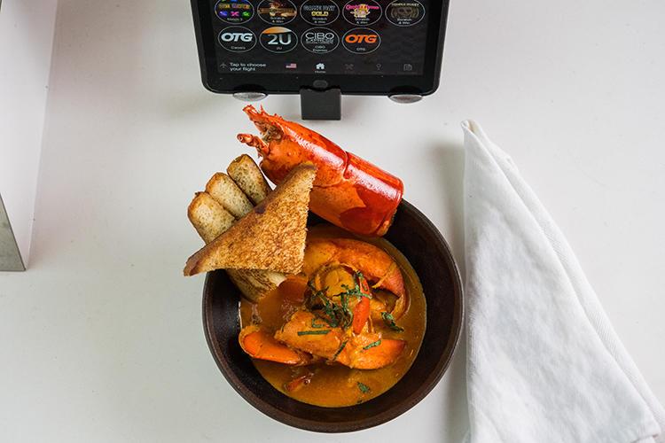 海老のスパイシースープ?