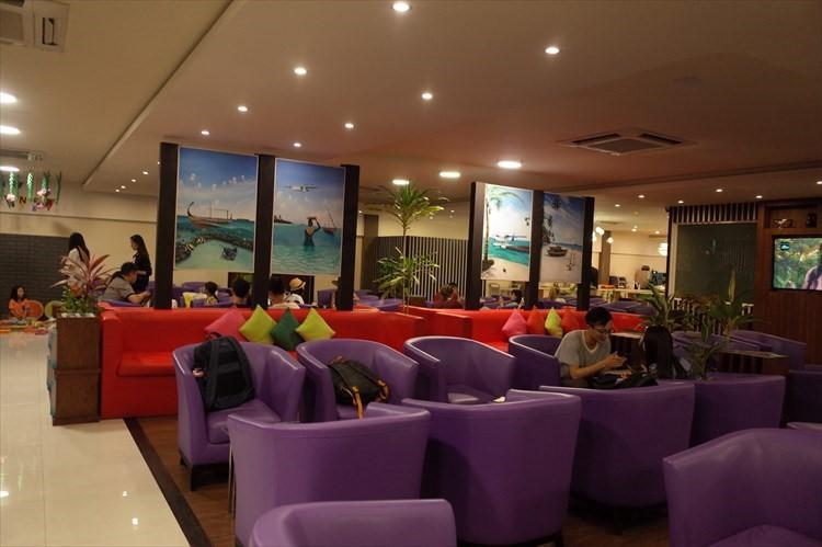 国内線ターミナル2階には、アマリなど提携リゾートの宿泊者が利用できるラウンジもある。