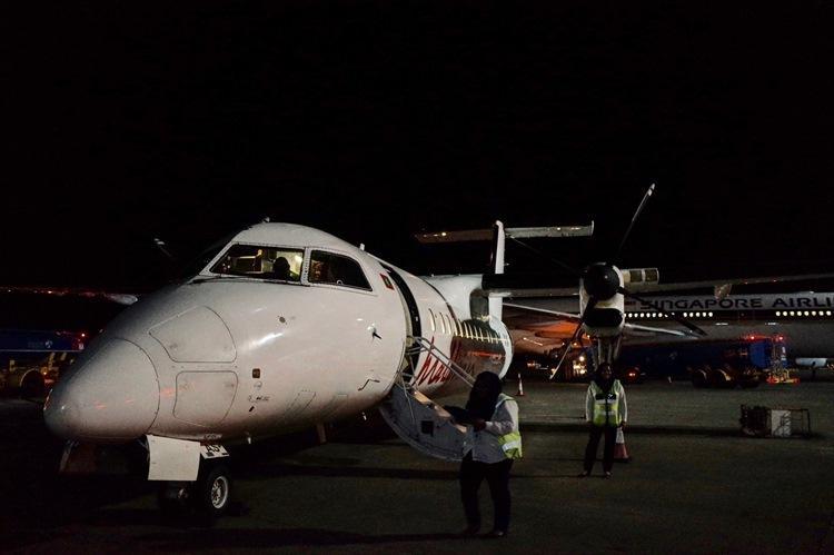 プロペラ機でアマリ最寄りのカーデッドゥ空港へ。経由地なしの直行便なら約1時間。