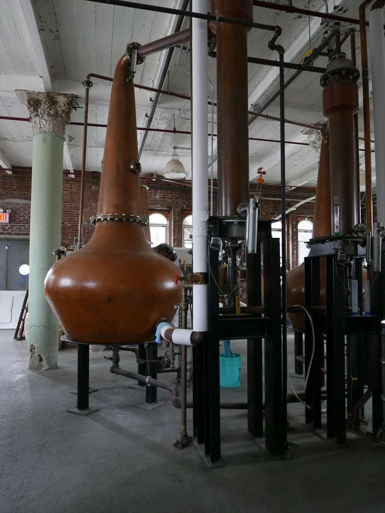 蒸留のタンク。