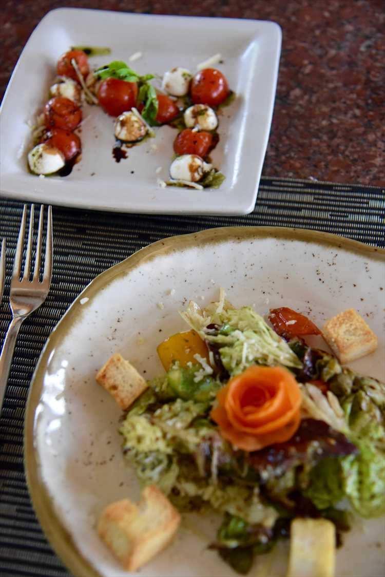 イタリアンのフルコースを、作って食べて飲み放題というお得なクッキングクラス。