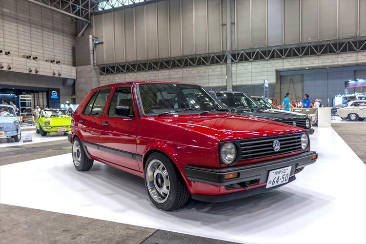 VWゴルフ専門店「スピニングガレージ」が展示した2代目ゴルフ。1990年式フォルクスワーゲン・ゴルフII CLi)の価格は189万9000円。