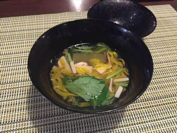 松茸と鱧真薯のお椀