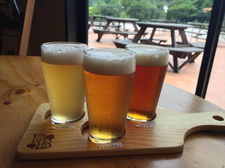 風味の違う3種のビール