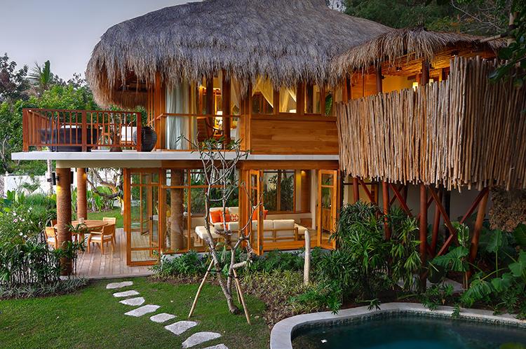 リゾート最大の面積を誇るRAJA MENDAKA RESIDENCE(ラジャ メンダカ レジデンス)。5つのベッドルームを持つヴィラでは、この上ない贅沢さを楽しめる。