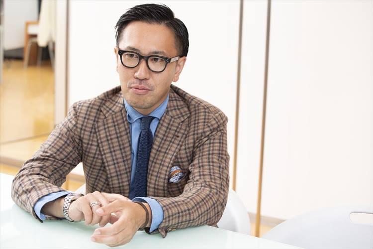 日本橋三越本店 紳士オーダーバイヤー 鏡 陽介さん