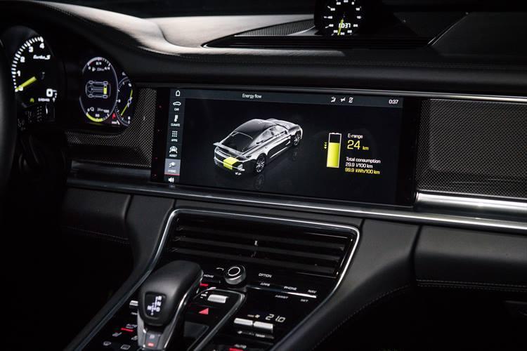 電気だけで走る走行モード「E-POWER」。カタログ上では航続距離49km、140km/hまで電気だけで加速することができるという。