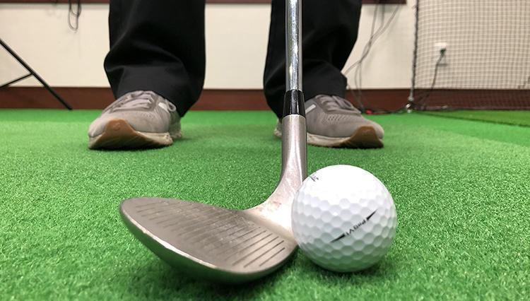 「ふわりとボールを上げるアプローチの打ち方は?」【ゴルフのお悩み解決レッスン vol.04】
