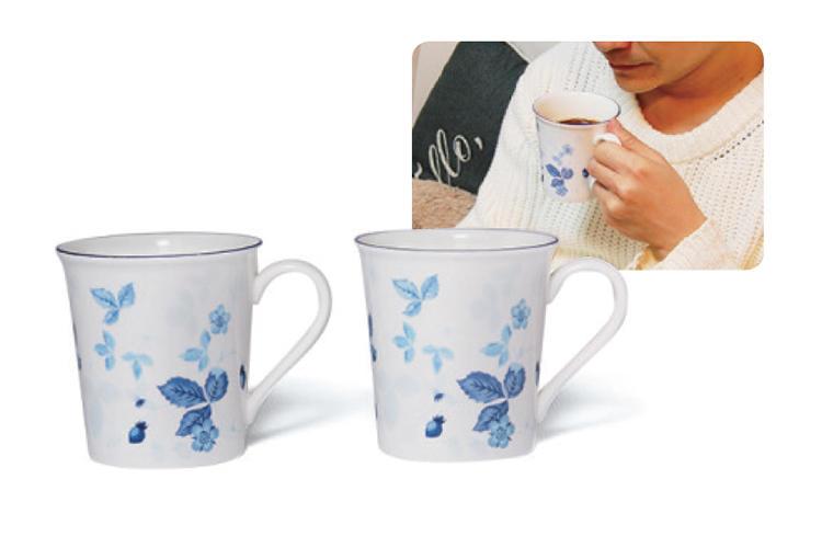 <b>WEDGWOOD<br >ウェッジウッドのティーカップ</b><br />こちらも定番の英国陶磁器ブランド。毎日のコーヒーや紅茶、週末の来客など「失敗がない安心感」がある。