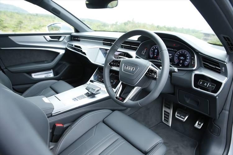 アウディのプレミアムスポーツ 4ドアクーペAudi A7 Sportbackのインテリア
