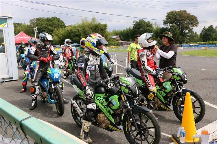 TKレンタルバイクレース