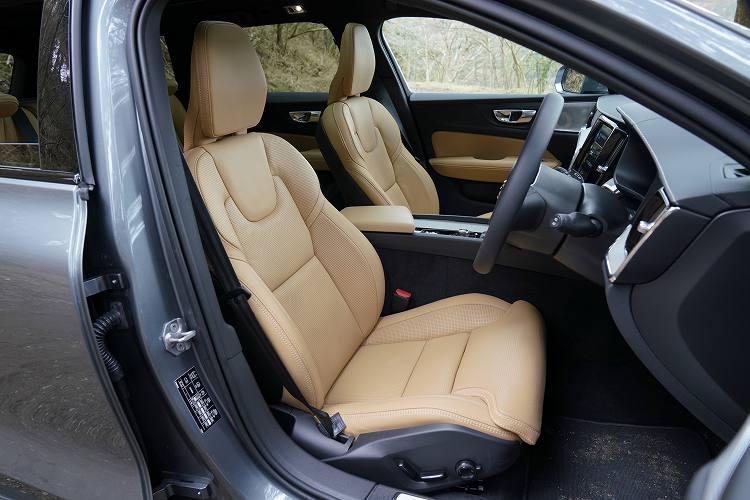 ボルボの新型クロスオーバーモデルのシート