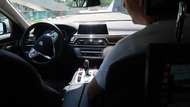 BMW7シリーズの運転席
