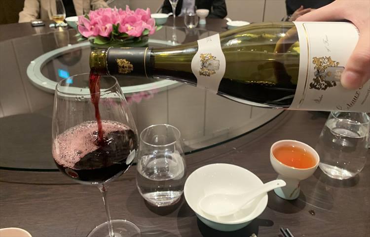 調子が上がってきたから、昼だけど赤ワインもいっちゃえ〜