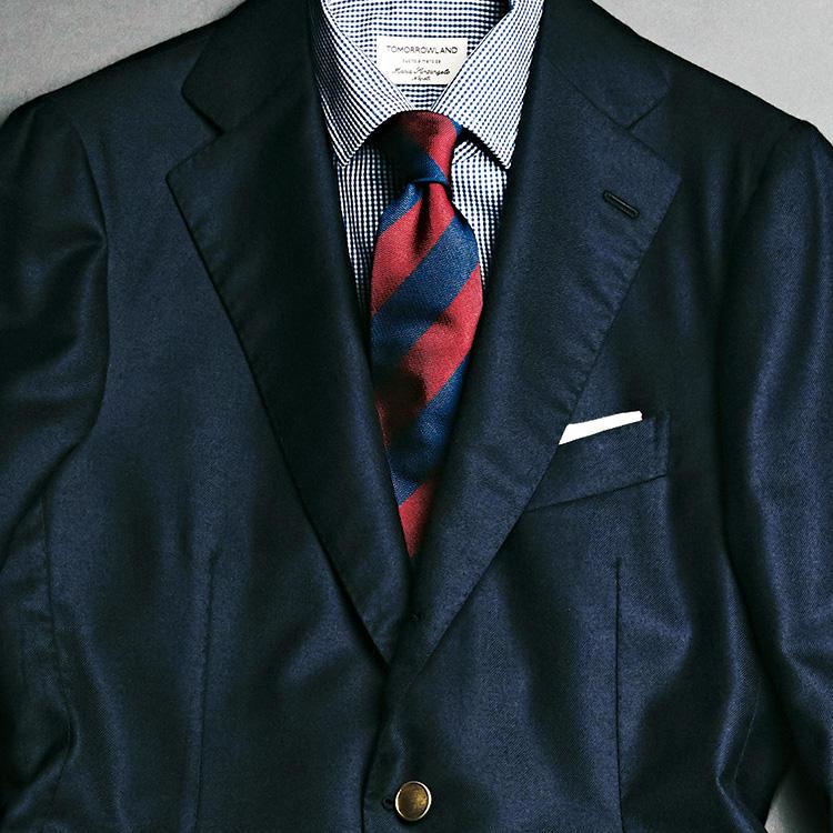 紺ブレザーの着こなし、好感度が高いのはこんなシャツ!【1分で出来るスーツのお洒落】