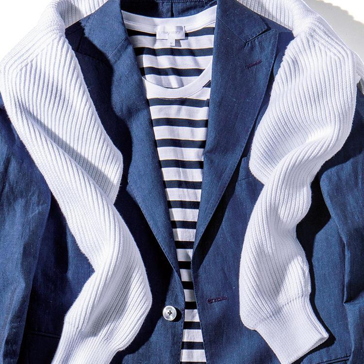 <strong>9位<br />「ボーダーTシャツ」を大人っぽく着こなすには?</strong><br />これからの季節、活躍しそうな紺×白のボーダーTシャツ。単品でデニムなどに合わせるのは誰でも簡単にできそうだが、このボーダーTをさらに大人っぽく着こなすにはどうしたらよいか? たとえばデニム調のコットンリネンスーツを合わせれば、紺×白のグラデーションで爽やかさがありながら、テーラードジャケット効果で襟周りのドレス度は断然アップ。かつ白のニットを肩掛けすれば、白の面積が増えて爽やかさも倍増、上品で清潔感溢れる大人の休日スタイルに。<small>(2019年5月号掲載)</small>