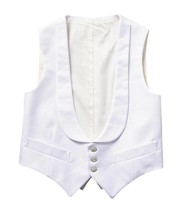 <strong>ウエストコート / Waistcoat</strong><br>白い襟付きのウエストコートでVゾーンを華やかに装うのが決まり。3万8000円〈パターンオーダー価格〉/カインドウェア(カインドウェア)