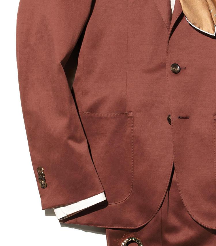 《Suit》ポケットもカジュアル感のあるもの<br>《Suit》ビジネス然と見えない生地