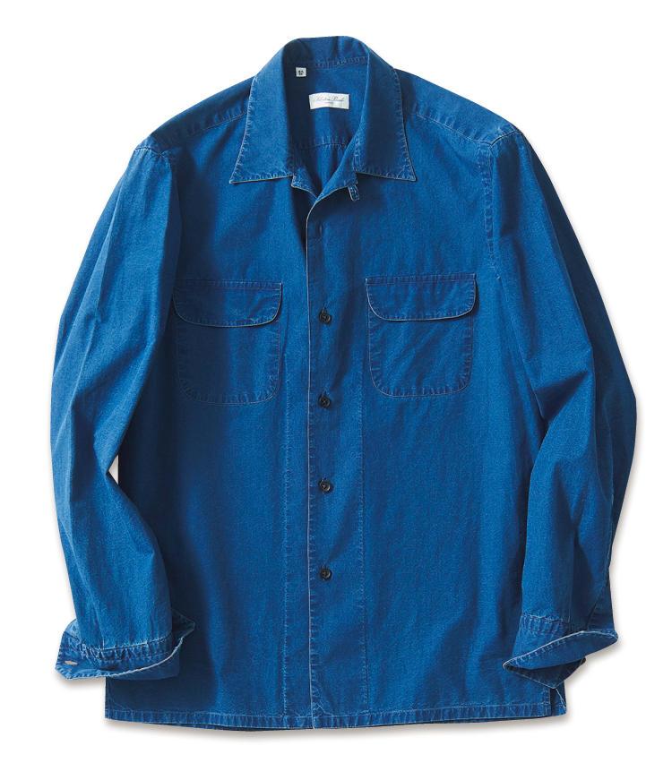 <span style=font-size:1.1em;><strong>SALVATORE PICCOLO / サルヴァトーレ ピッコロ</strong></span><br /><strong>軽快感満点で夏まで活躍</strong><br />程よくウォッシュのかかったデニム地は、ほぼシャツ地のような薄さ。カットソーの上に羽織って夏まで使える一着だ。オープンカラーやラウンドしたポケットも軽快感をいっそう高めている。3万円(エストネーション)