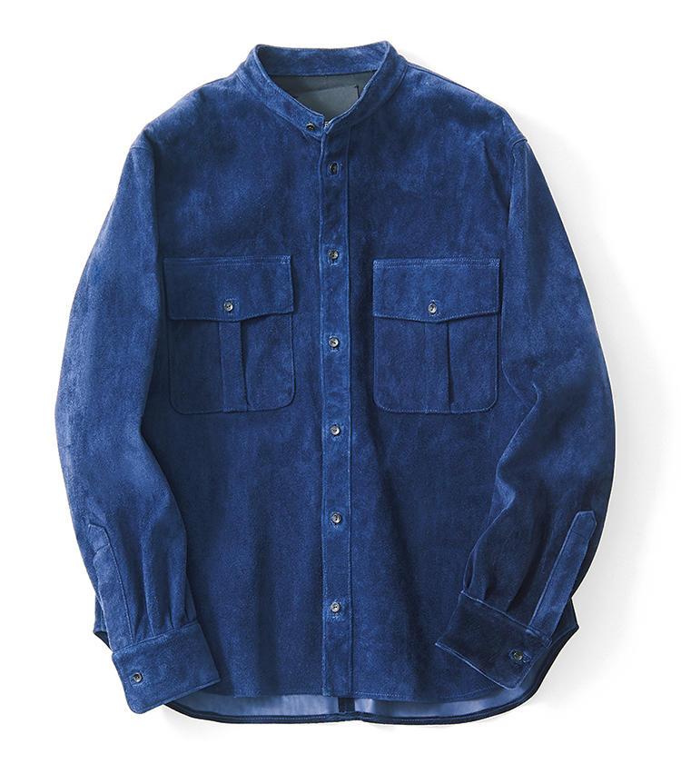 <span style=font-size:1.1em;><strong>ES:S / エス</strong></span><br /><br /><strong>様々に着回せるバンドカラー</strong><br />スエードでは珍しいバンドカラーのオーバーシャツ。インナーに襟付きのシャツを合わせても首元がうるさく見えないため、着回し力が高いのがポイントだ。デニムのような美発色も魅力的。9万2000円(エストネーション)
