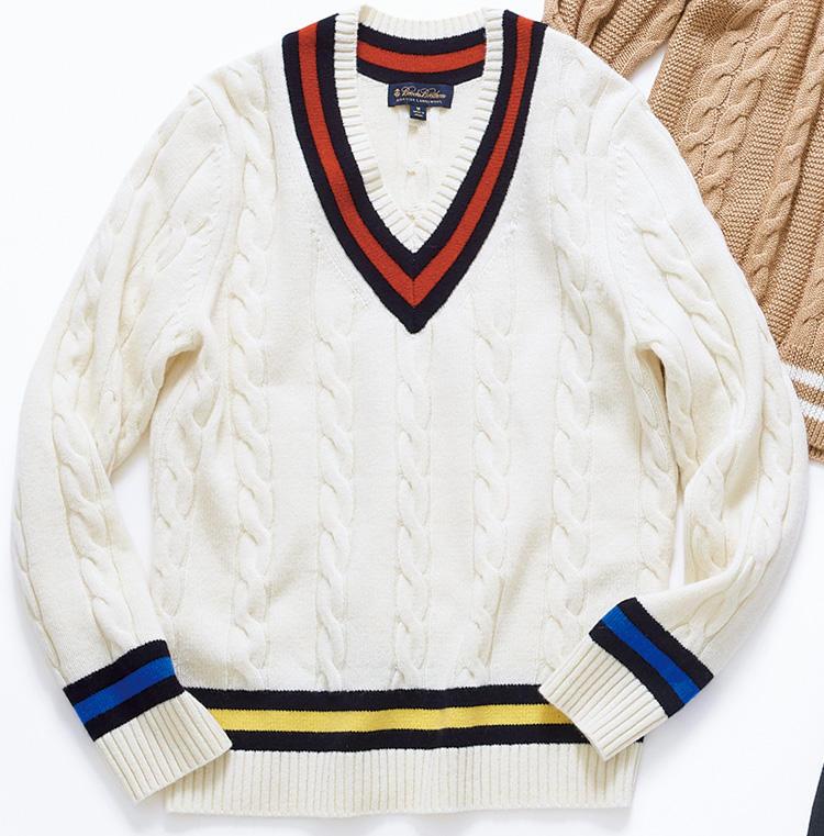 <span style='font-size:1.1em;'><strong>Brooks Brothers / ブルックス ブラザーズ<br /><br /></span>アメトラ好き垂涎のクレイジーカラー</strong><br />スコットランド製のラムズウールで編み上げた伝統的な一着。襟、裾、袖でラインの配色を変えたクレイジーカラーは、アメトラ好きならかなりグッとくるはず。<br><span style='font-size:0.8em;'>2万6000円(ブルックスブラザーズ ジャパン)</span>