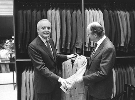 1980年にパリに1号店が開店した際のアンジェロ&アルド ゼニア(創業者の息子たち)。