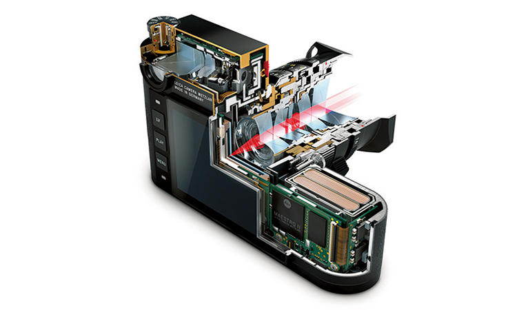 最新世代のイメージプロセッサー「LEICA MAESTRO Ⅱ」を採用し技術的には最先端の画像処理水準。新開発の2400万画素のセンサーとの組み合わせで卓越した写真撮影が可能。