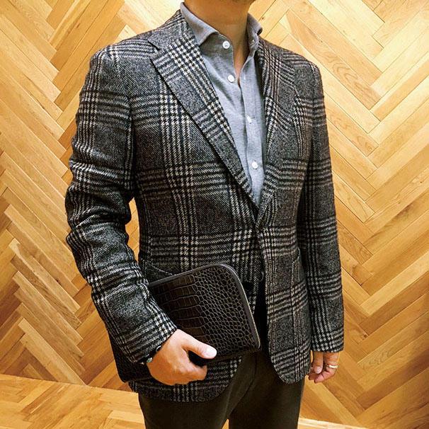 【コレを買う!】<b>ティト・アレグレットのジャケット</b>「ブラウンを中心に着こなす」フィルム ショップディレクター 中島雄太さん 11万9000円(フィルム)